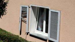 10-Fensterladen.jpg